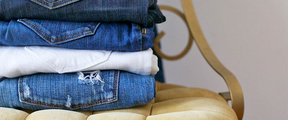 a study found that the average woman owns seven pairs of denim seven if youu0027re now using your fingers to count how many jeans are sitting in your closet