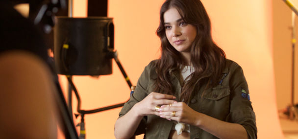 Hailee Steinfeld Qa Questionairre Find Your Favorite Mall Tour Header Square